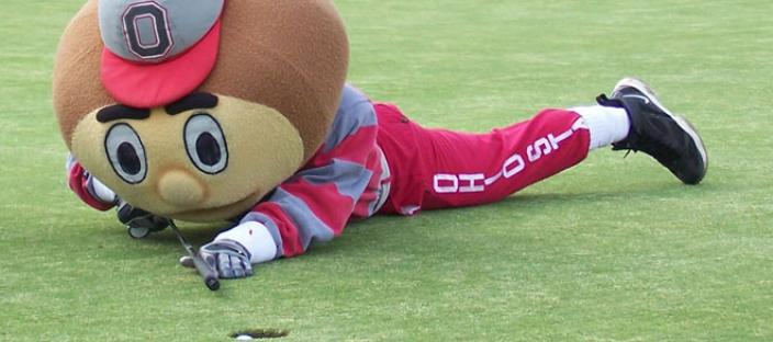 Brutus needs a little help with his short game!