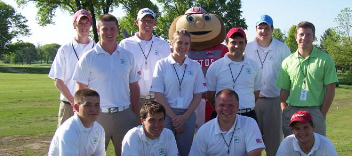 The OSU PGM Student Club with their favorite golf nut.